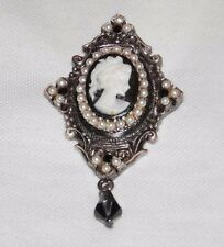 Vintage Black Stone Tiny Pearl Cameo Lady Ladies Oval Dangle 2D Brooch Pin
