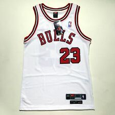 100% Authentic Michael Jordan Rookie Bulls Nike 8403 Home Jersey Size 40 M