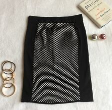 PROMOD BLACK & WHITE KNIT SKIRT - LARGE ( mango sfera bershka )