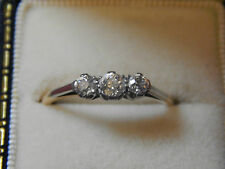 VERY PRETTY EDWARDIAN 18ct GOLD & PLAT 3 STONE DIAMOND RING size M ~  ENGAGEMENT