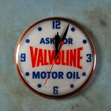 "Vintage Style Advertising Photo Clock Fridge Magnet 2 1/4"" Valvoline Motor Oil"