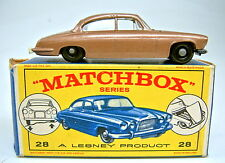 "Matchbox RW 28C Jaguar Mk10 braumetallic lackierter Motor top in ""E1"" Box"