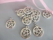20 X PENTAGRAM STAR SILVER COLOR TIBETAN METAL CHARMS/PENDANTS