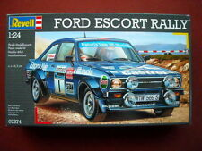 Revell 1/24  Ford Escort MK2 RS1800 + décalques A. Vatanen - Portugal 1979