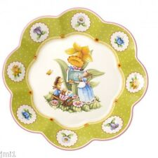 Villeroy & Boch SPRING DECORATION Large Fluted Bowl Bunny School