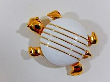 VTG CROWN TRIFARI 18KGP WHITE LUCITE JELLY BELLY TURTLE FIGURAL HTF BROOCH PIN