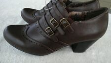 Rialto Womams shoes Brown SZ 8.5 Slip on Buckle Detail Non Slip Lovely New