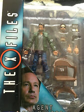 The  X files  Agent  Fox mulder  collector  edition   figure set