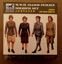 BRONCO MODELS CB35037 - 1/35 WWII ALLIED FEMALE SOLDIER SET - NUOVO