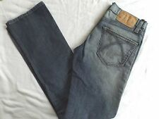 UNITED COLORS OF BENETTON Straight Leg Jeans Size 26  Inseam 32