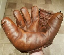 1940s James Brine Sporting Goods Split Finger glove