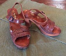VINTAGE 1970's BRAIDED LEATHER WOOD PLATFORM SHOES 7