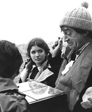 Deborah Watling and Patrick Troughton UNSIGNED photo - H7219 - Doctor Who