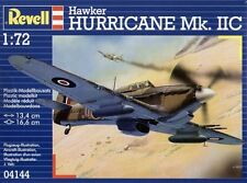 Revell 1/72 Model Kit 04144 Hawker Hurricane Mk.IIC 'North African Theatre'