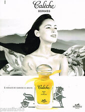 PUBLICITE ADVERTISING 055  1996  HERMES  soie de parfum CALECHE