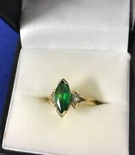 18k Gold Women's Ring Size 6 AUTHENTIC Gold Emerald and Diamonds 8 Grams
