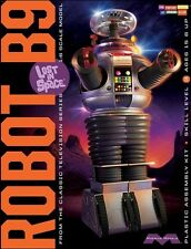 Moebius Models [MOE] 1:6 Lost In Space Robot B9 Plastic Model Kit 939 MOE939