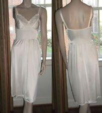 Olga Underwire Full Slip Size 36C 34007 Lace Bodice Hem Cream Color