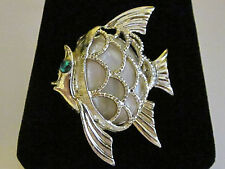 VINTAGE ANGLE FISH PIN,FAUX MOTHER OF PEARL BODY,GRN GLASS EYE,SILVER TONE,METAL
