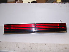 1992 1991 LEBARON CONVERTIBLE TRUNK LID CENTER TAILLIGHT OEM USED ORIG CHRYSLER