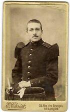 PHOTO CDV Christ Besançon un militaire pose 60ème régiment belles moustaches