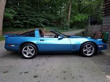 1987 Chevrolet Corvette Base Hatchback 2-Door