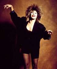 TINA TURNER UNSIGNED PHOTO - 8134 - ADDICTED TO LOVE, PROUD MARY & ACID QUEEN