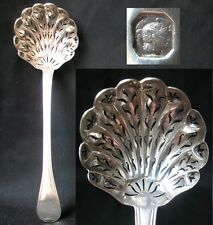 CUILLERE SAUPOUDREUSE FRAISE ARGENT MASSIF MINERVE STERLING STRAWBERRY SPOON 63g
