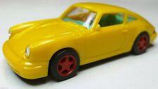 PORSCHE 911 monoposto euro modell gelb Inneneinrichtung türkis Felgen rot 1996
