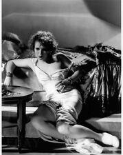 Clara Bow busty leggy RARE Photo