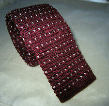 SUPERNOVA Skinny Burgundy Polka Dot Knitted Silk Tie Mod Indie Narrow 5 cm