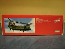 Herpa Wings 1:200 Boeing ch-47 Chinook Royal Air Force