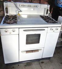 Vintage White Tappan Gas Stove Located in a Suburb of Cleveland Ohio