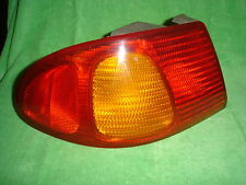 98 99 00 01 02 TOYOTA COROLLA DRIVER OUTSIDE TAIL LIGHT