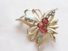 VINTAGE 1950'S PALE GOLD TONE PINK AURORA BOREALIS CRYSTAL BROOCH - SIGNED