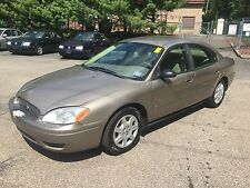 Ford: Taurus 4dr Sdn SE