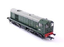 Bachmann BR Green Class 20 Diesel Locomotive - No.D8000 - 32-027 - OO Gauge