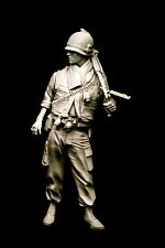 120mm 1/16 US M60 gunner Vietnam. Resin kit sculpted by Maurice Corry.