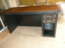 Comptoir bar ou magasin métal et bois sur mesure  meuble industriel