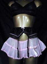 VINTAGE STYLE NEW PINK SHEER SKIRTED PANTIE SUSPENDERS BELT SIZE MED 10 12 UK