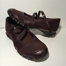 Skechers Brown Mary Janes Leather Suede Womens Sz 8 Shoes Flats Velcro Straps