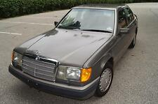 Mercedes-Benz : 300-Series 4dr Sedan 30