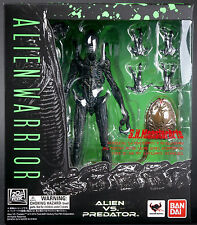 S.H. MONSTERARTS AVP ALIEN VS PREDATOR ALIEN WARRIOR BANDAI TAMASHII ~BRAND NEW~