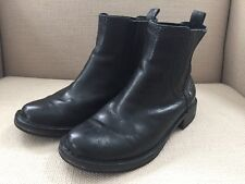 UGG CARABY CHELSEA PULL ON ANKLE BOOTS BLACK SIZE 6
