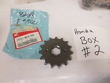 NEW OEM HONDA  Sprocket 15T Honda 1982-1983 FT500 23801-MC8-000