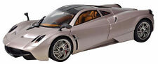 Motormax Pagani Huayra Champagne 1:18 Scale Diecast Model Car in window box