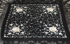 ANTIQUE VINTAGE 1920s BLACK & IVORY WHITE EMBROIDERED SILK FLAMENCO PIANO SHAWL