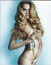 Cara Delevingne Nude Covered Model Paper Towns Hand Signed 8x10 Photo COA