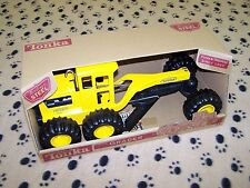 Tonka Trucks, Grader.  Metal Construction, New in Box!  Auction 49