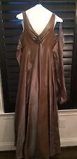 Gorgeous 'Rickie Freeman Teri Jon' Evening gown! Size 10. Retails For $800 Plus!
